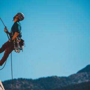 Horolezci, horolezkyně, horolezčata umíte uzly?